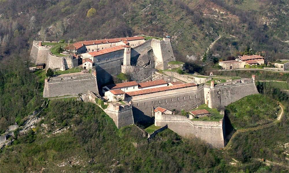 Gavi Italy  city photos gallery : Forte di Gavi Alessandria