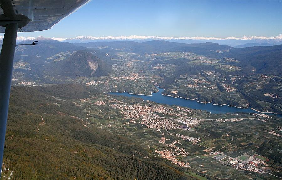 Cles e il lago di Santa Giustina - Val di Non